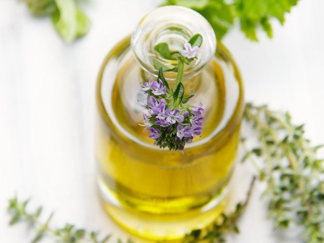 thyme oil close up